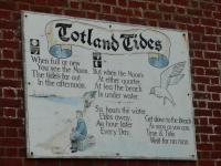 The tides at Totland
